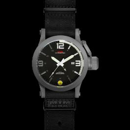 Grey Hyper White mit schwarzem Neoprenarmband